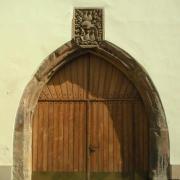 Portál ve dvoře radnice