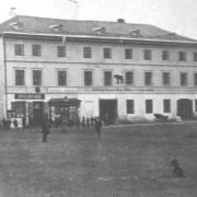 Hostinec U černého medvěda před rokem 1870