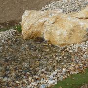 vyčištěná voda se vrací do koupací nádrže